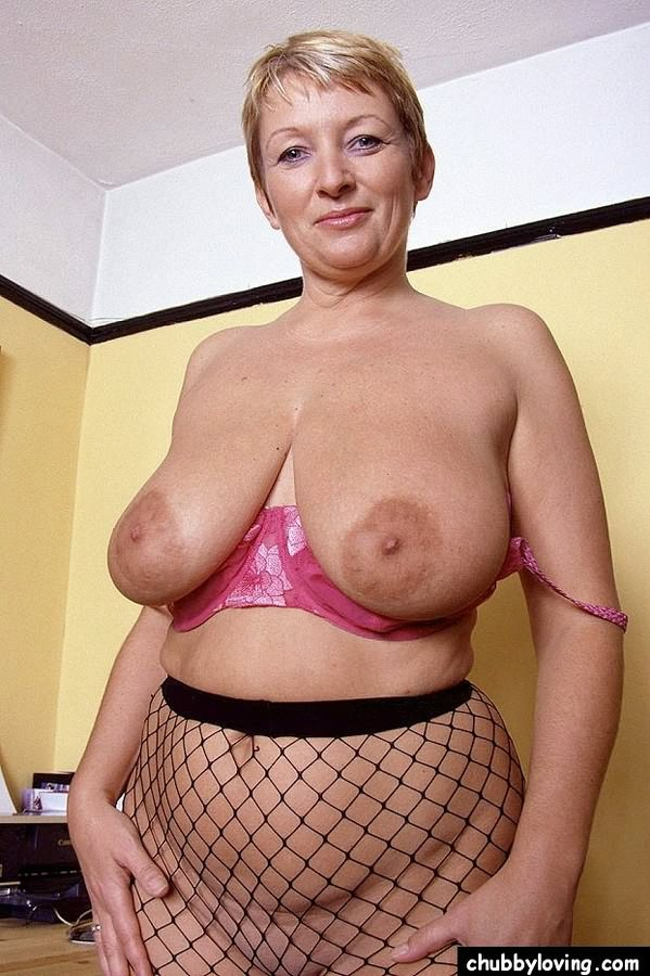 fishnet pantyhose plump women